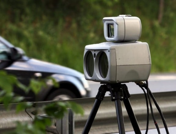 un radar automatique mobile sur la route