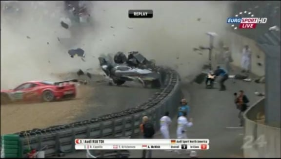 le crash de mcnish au mans 2011