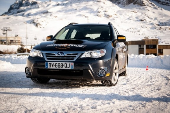 essai de la subaru impreza xv sur la neige. Black Bedroom Furniture Sets. Home Design Ideas