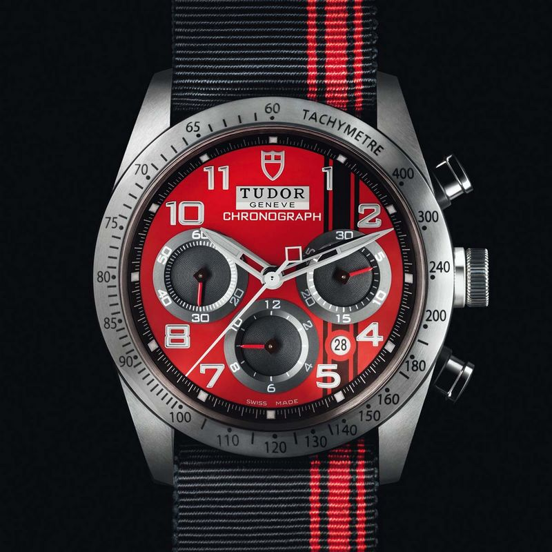 montre tudor fast rider red ducati ambiance de circuit. Black Bedroom Furniture Sets. Home Design Ideas