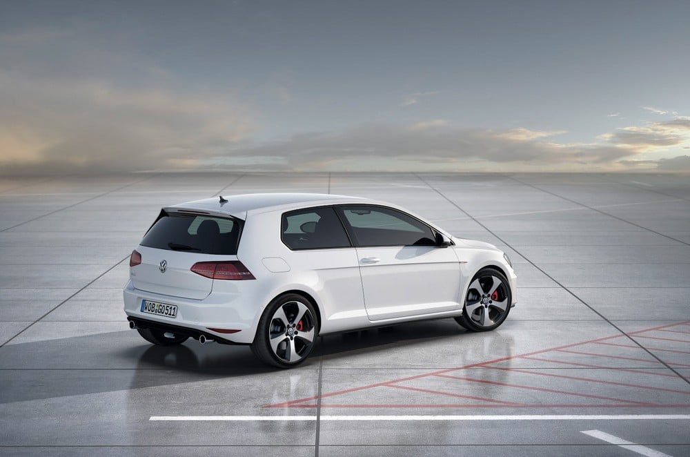 volkswagen golf 7 gti 2013 fiche technique et prix. Black Bedroom Furniture Sets. Home Design Ideas