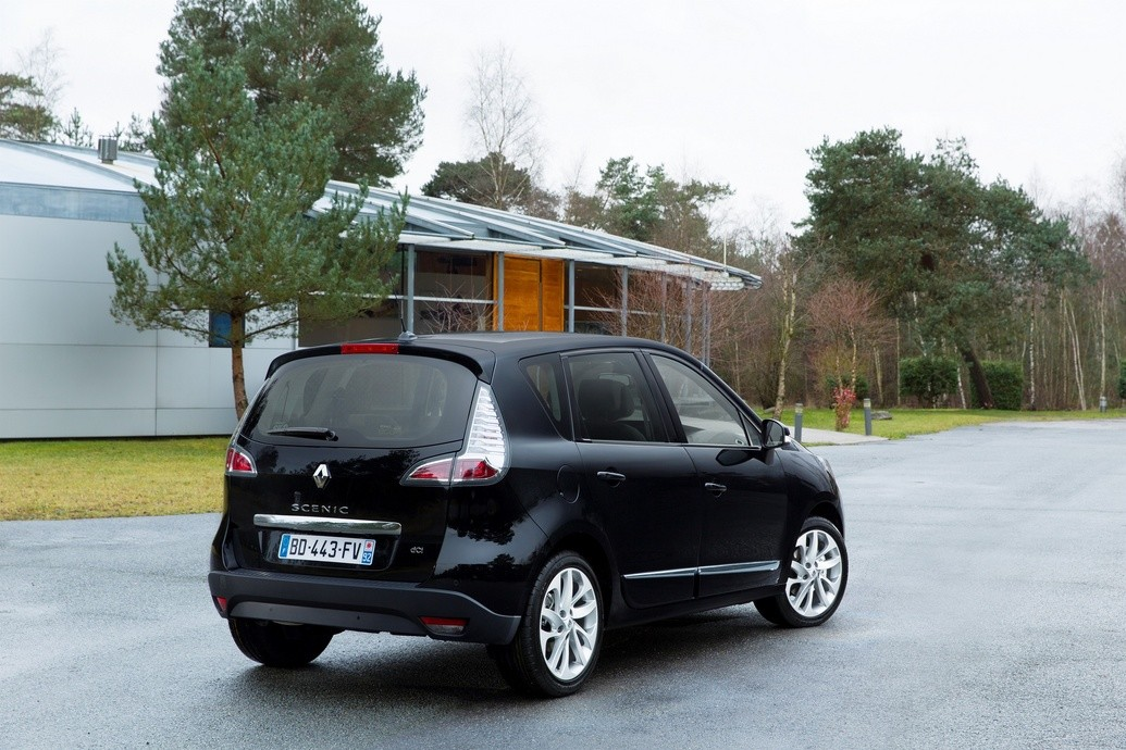 renault scenic grand scenic 2013 voici la phase iii. Black Bedroom Furniture Sets. Home Design Ideas