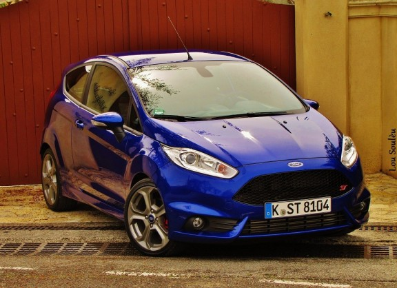 essai de la ford fiesta st 2013 la meilleure sportive. Black Bedroom Furniture Sets. Home Design Ideas