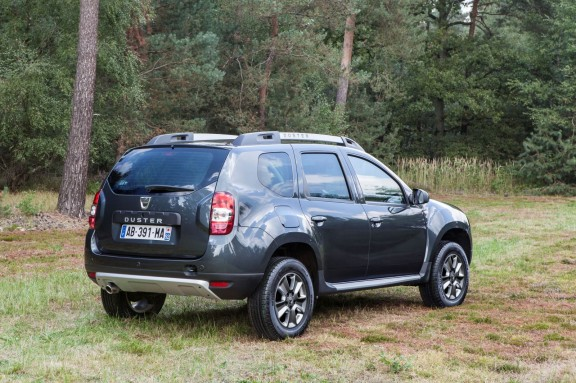 Dacia Duster restylage - 3/4 arrière