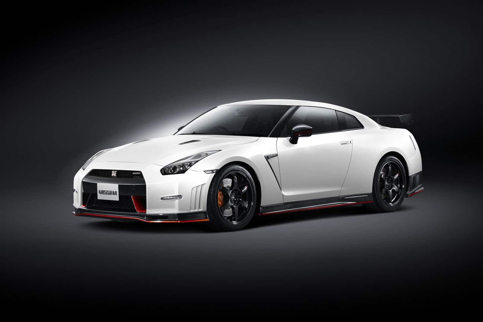 nissan gtr nismo 2014 un v6 3 8 l biturbo de 600 ch. Black Bedroom Furniture Sets. Home Design Ideas