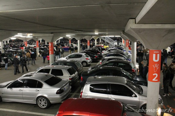 parking carrefour clay