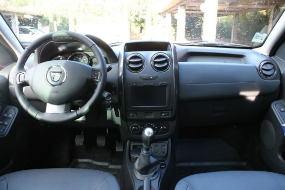 interieur dacia duster restyle