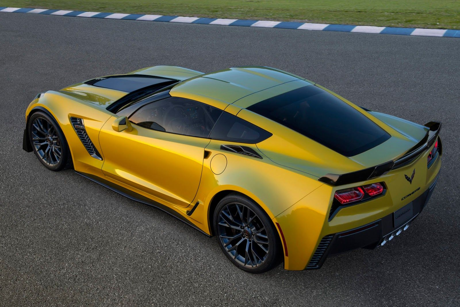 voici la nouvelle corvette z06 2014 impossible de ne pas avoir un. Cars Review. Best American Auto & Cars Review