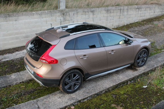 profil Volvo V40 Cross Country