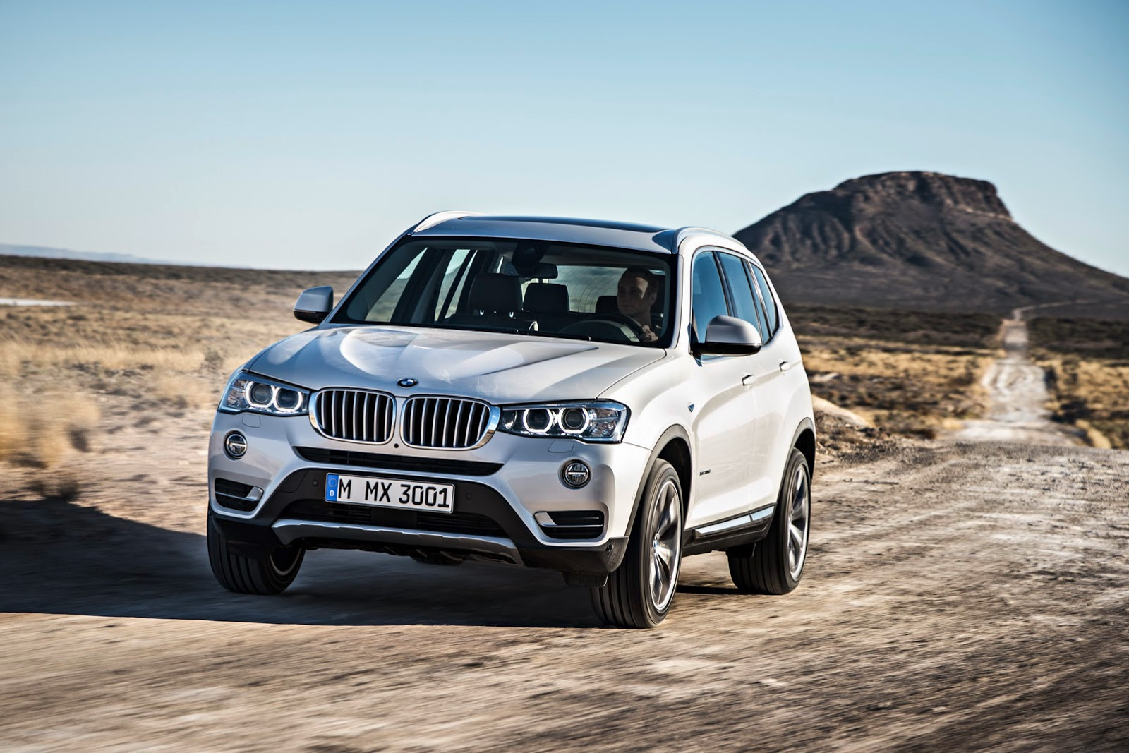 le nouveau bmw x3 restyl am liore ses diesel. Black Bedroom Furniture Sets. Home Design Ideas