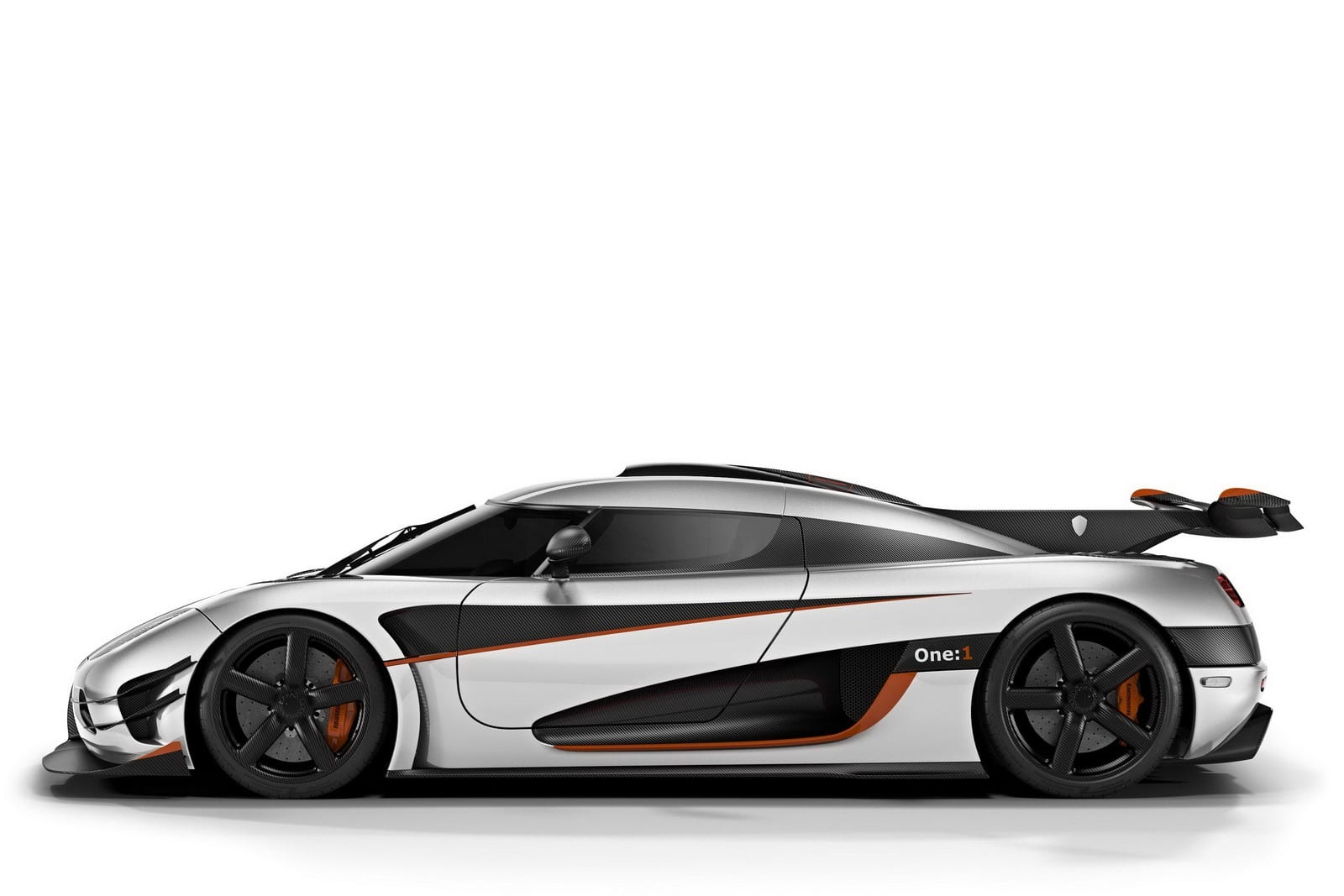 koenigsegg agera one 1 2014 1 360 ch pour 1 360 kg. Black Bedroom Furniture Sets. Home Design Ideas