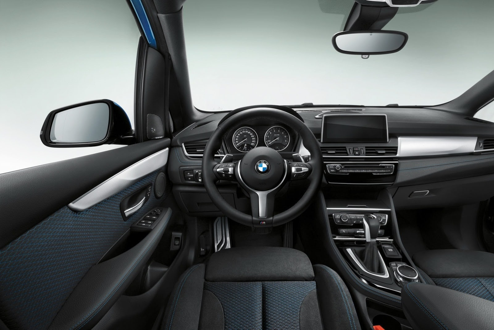 Le monospace bmw s rie 2 active tourer en pack m sport for Interieur sport
