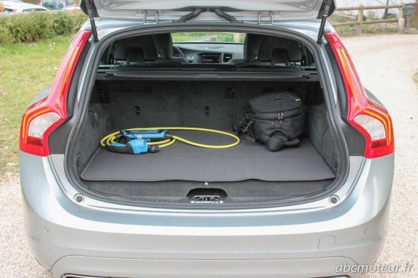 coffre arriere Volvo V60 D6 Plug-in Hybrid