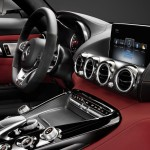 Mercedes-AMG-GT-volant console centrale