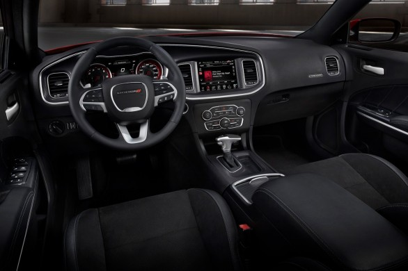 interieur Dodge-Charger-restyle