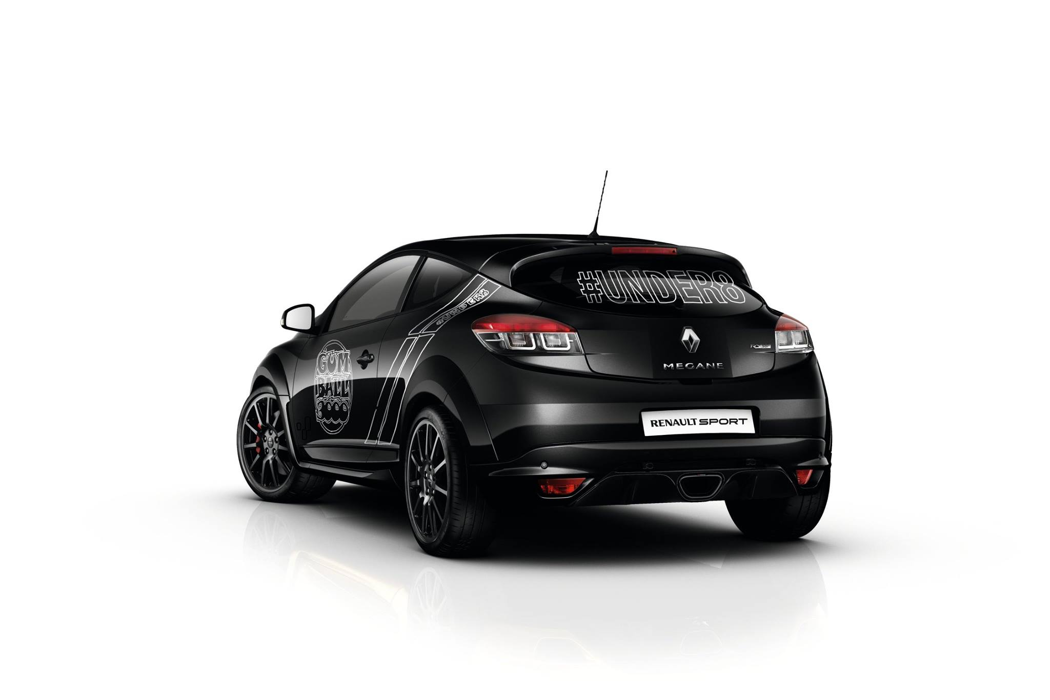 la renault megane rs trophy v tue de noir au gumball 3000. Black Bedroom Furniture Sets. Home Design Ideas