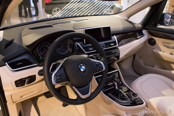 interieur BMW Serie 2 Active Tourer 225i