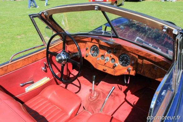 interieur Jaguar XK 120-2