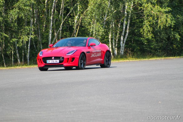 Jaguar F Type coupe r