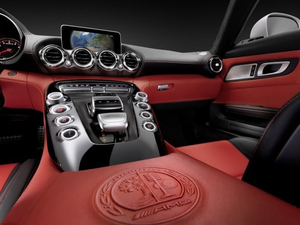 console centrale Mercedes-AMG-GT