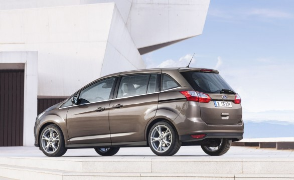 vue 3-4 ar Ford-Grand-C-Max-2015