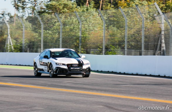Audi RS 7 Piloted Driving Concept Hockenheim 2014