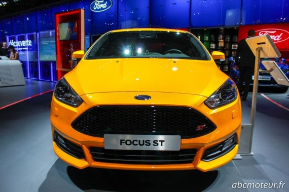 Ford Focus ST restylee Paris 2014