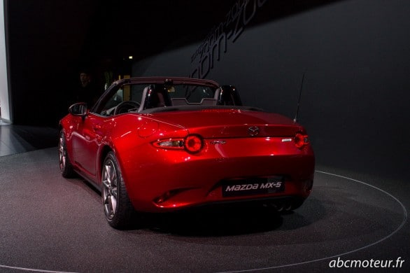 arriere Mazda MX-5 Paris 2014