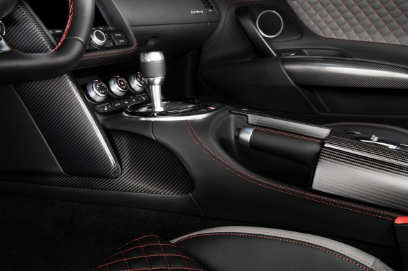 interieur Audi-R8-competition