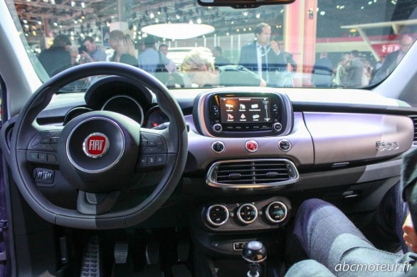 interieur Fiat 500X Paris 2014