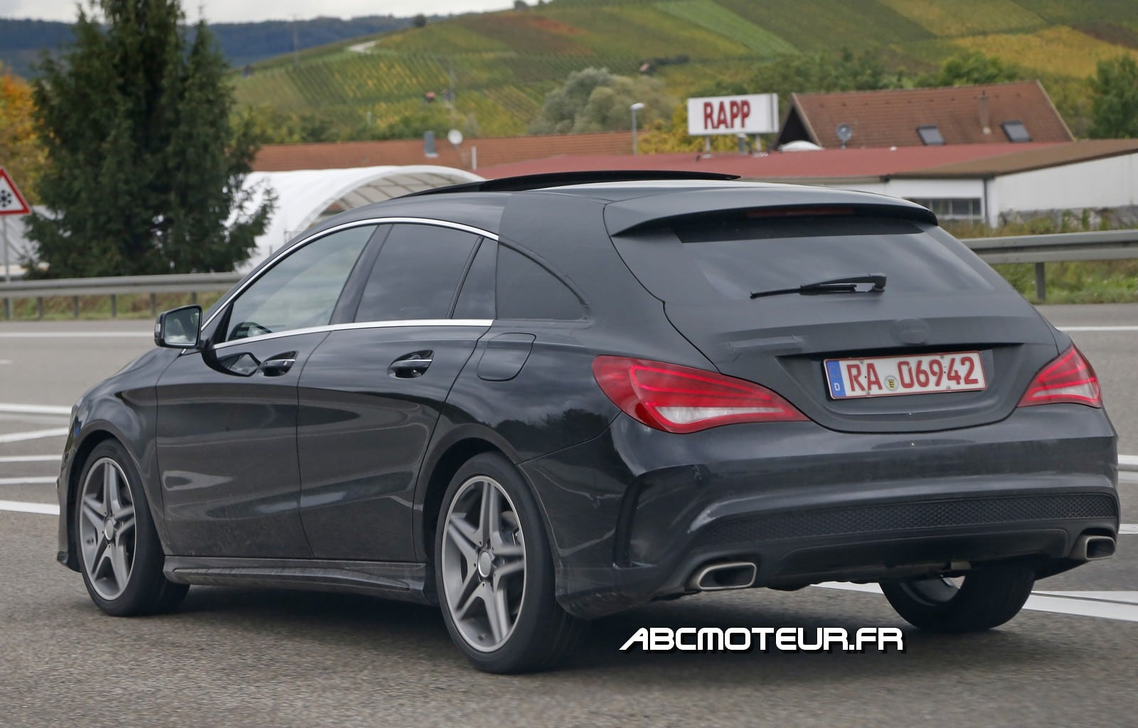 Photos espions du Mercedes CLA Shooting Brake !
