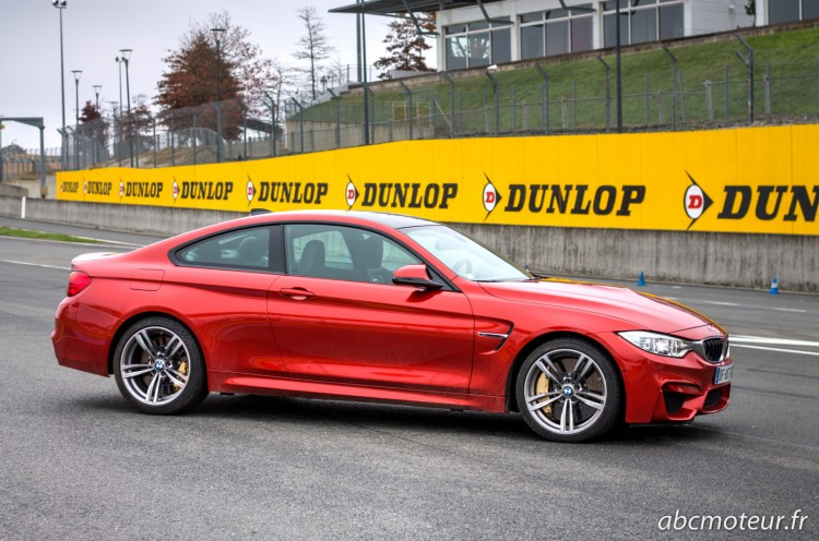 profil BMW M4 Coupe