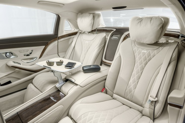 sieges arriere Maybach-Mercedes-Classe S