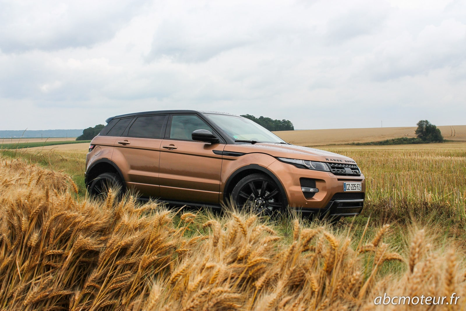 essai range rover evoque sd4 le plus s duisant des suv. Black Bedroom Furniture Sets. Home Design Ideas