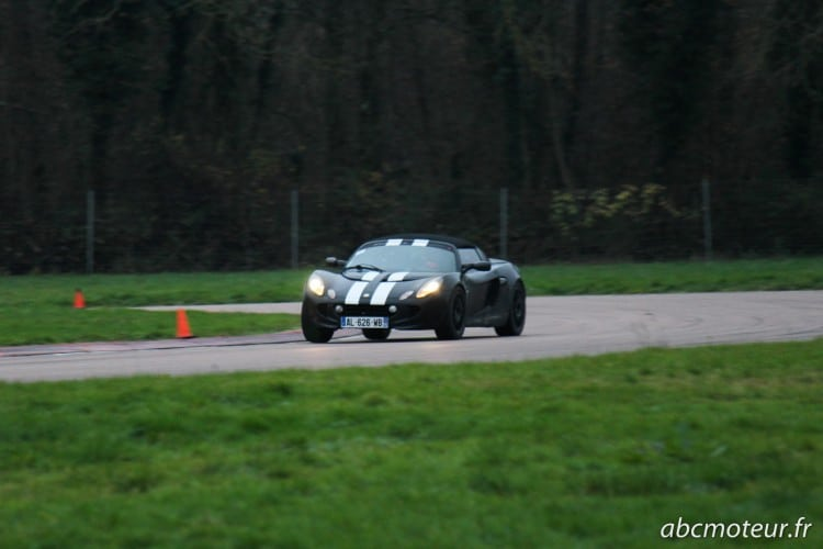 Lotus Elise 111R circuit Ecuyers-2