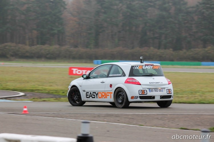 drift Megane 2 RS Easydrift circuit Dreux