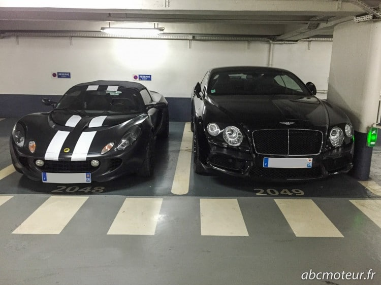 parking sousterrain Lotus Elise 111R Bentley Continental GT