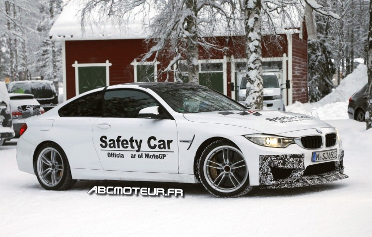photo volee BMW M4 GTS