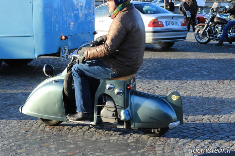 scooter Traversee Paris hivernale 2015