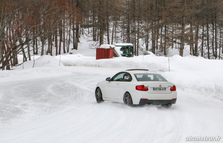 BMW Serie 2 Coupe M235i xDrive circuit sur glace-2