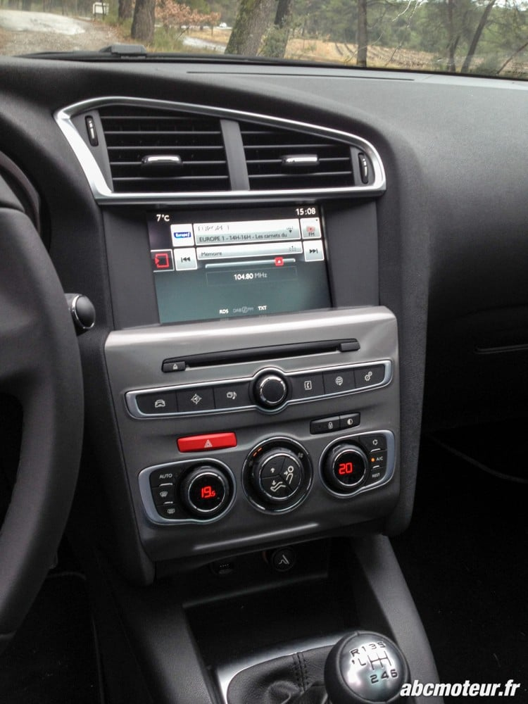 console centrale restylage Citroen C4