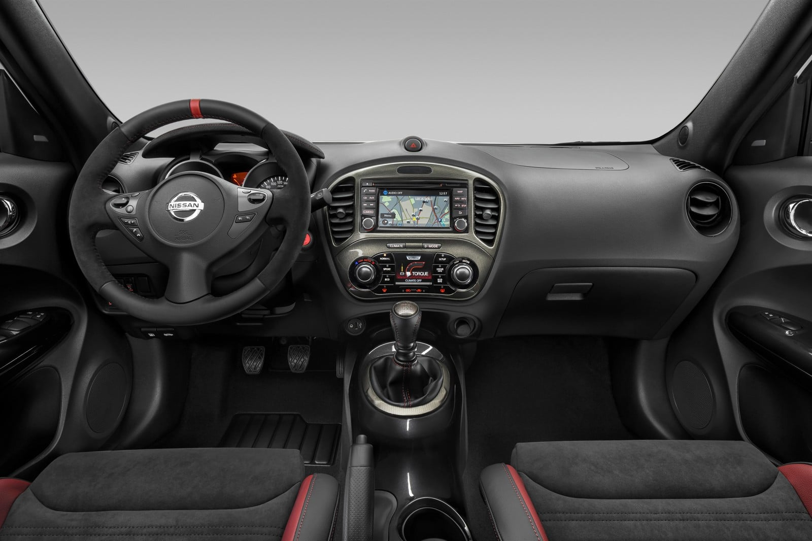 Nissan juke nismo rs 2015 voici l 39 addition for Interieur nissan juke