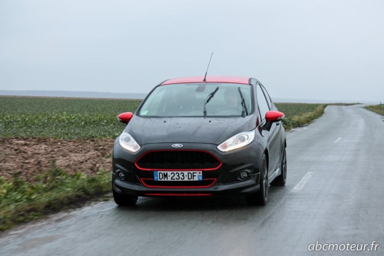 travelling Ford Fiesta Black Edition