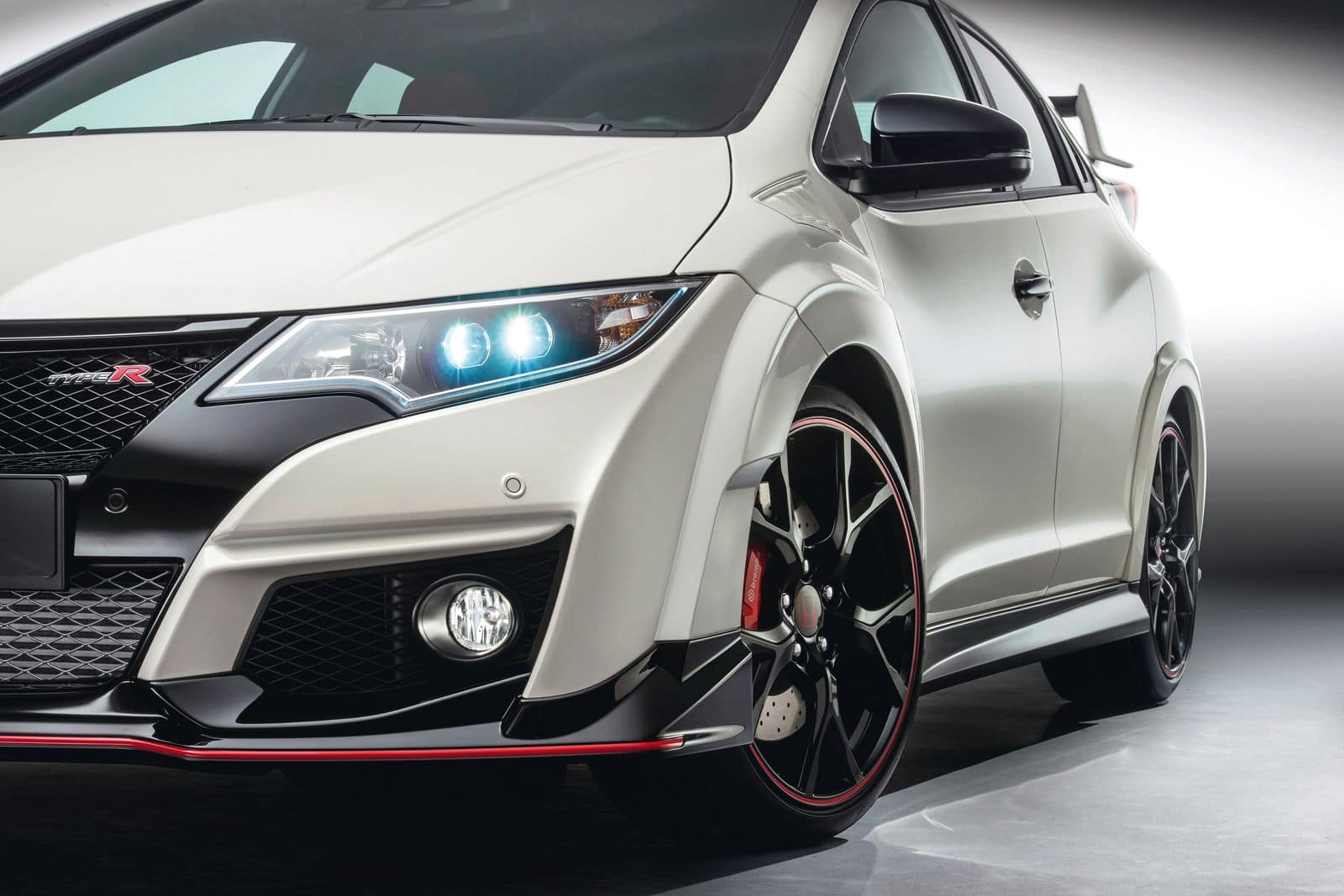 la nouvelle honda civic type r fait trembler la concurrence. Black Bedroom Furniture Sets. Home Design Ideas