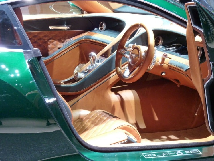 interieur Bentley-Exp-10-Speed-6-Geneve