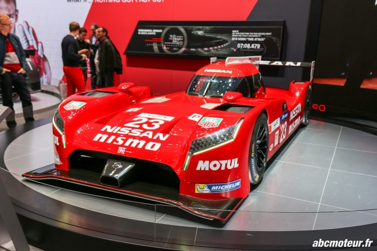 vue 3-4 avant Nissan GT-R LM Nismo Geneve 2015