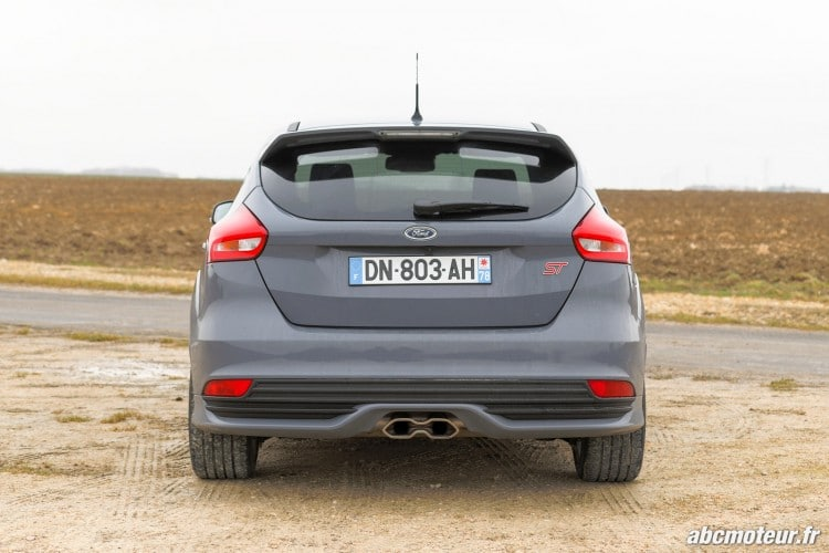vue arriere Ford Focus ST