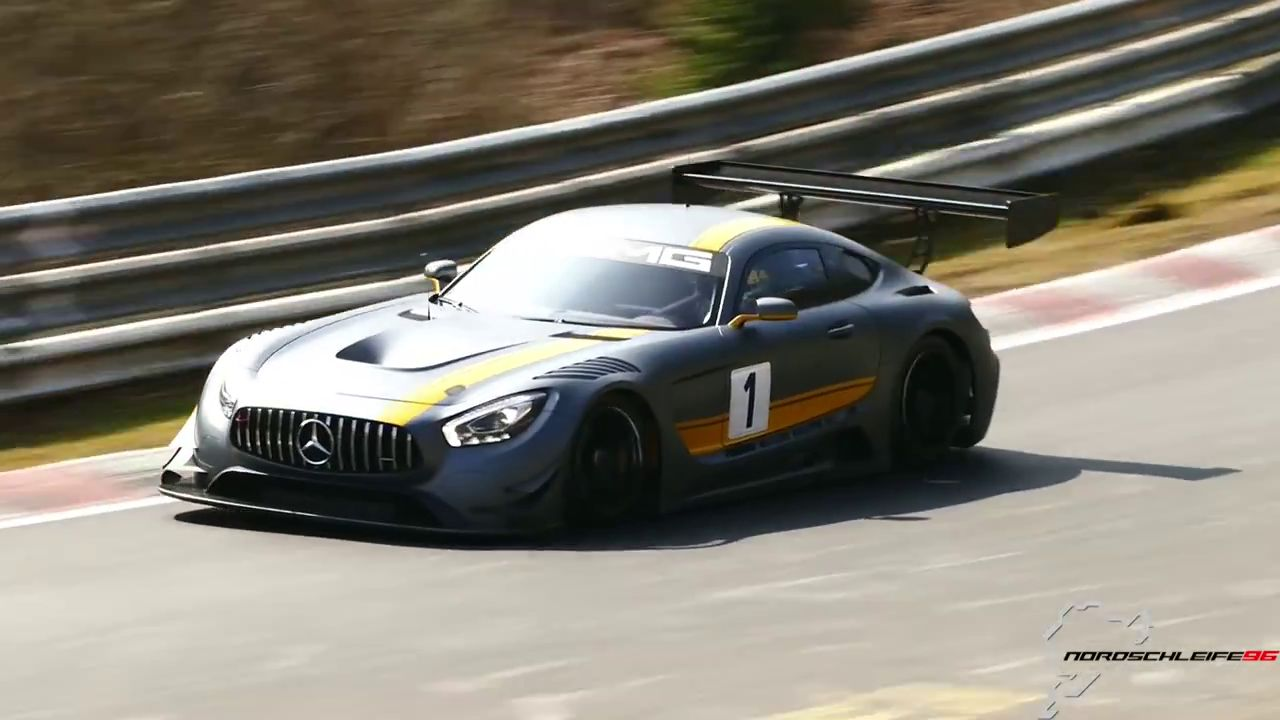 Le terrible grondement du V8 6,3 l de la Mercedes-AMG GT3