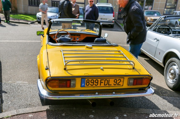 arriere Triumph Spitfire 1500 rassemblement Bailly