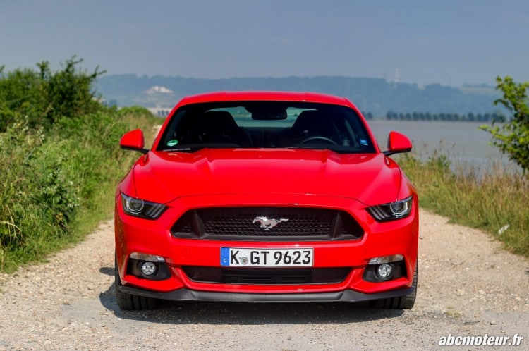 Ford Mustang Fastback GT exterieur-11